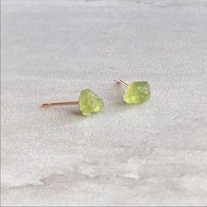 🆕Listing! Dainty Raw Peridot Earrings